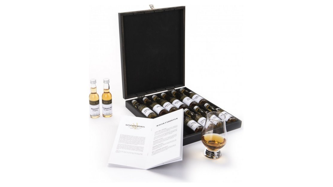 Kerstpakket: Whisky chest super premium 12